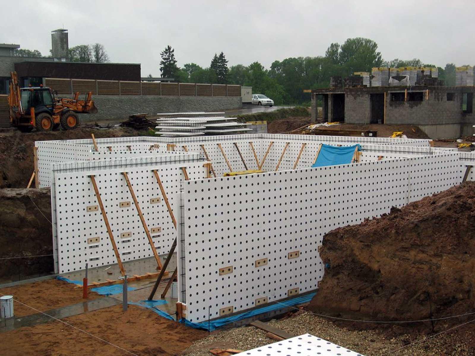 Siltinātie pamatu veidņi ar betona biezumu 120mm